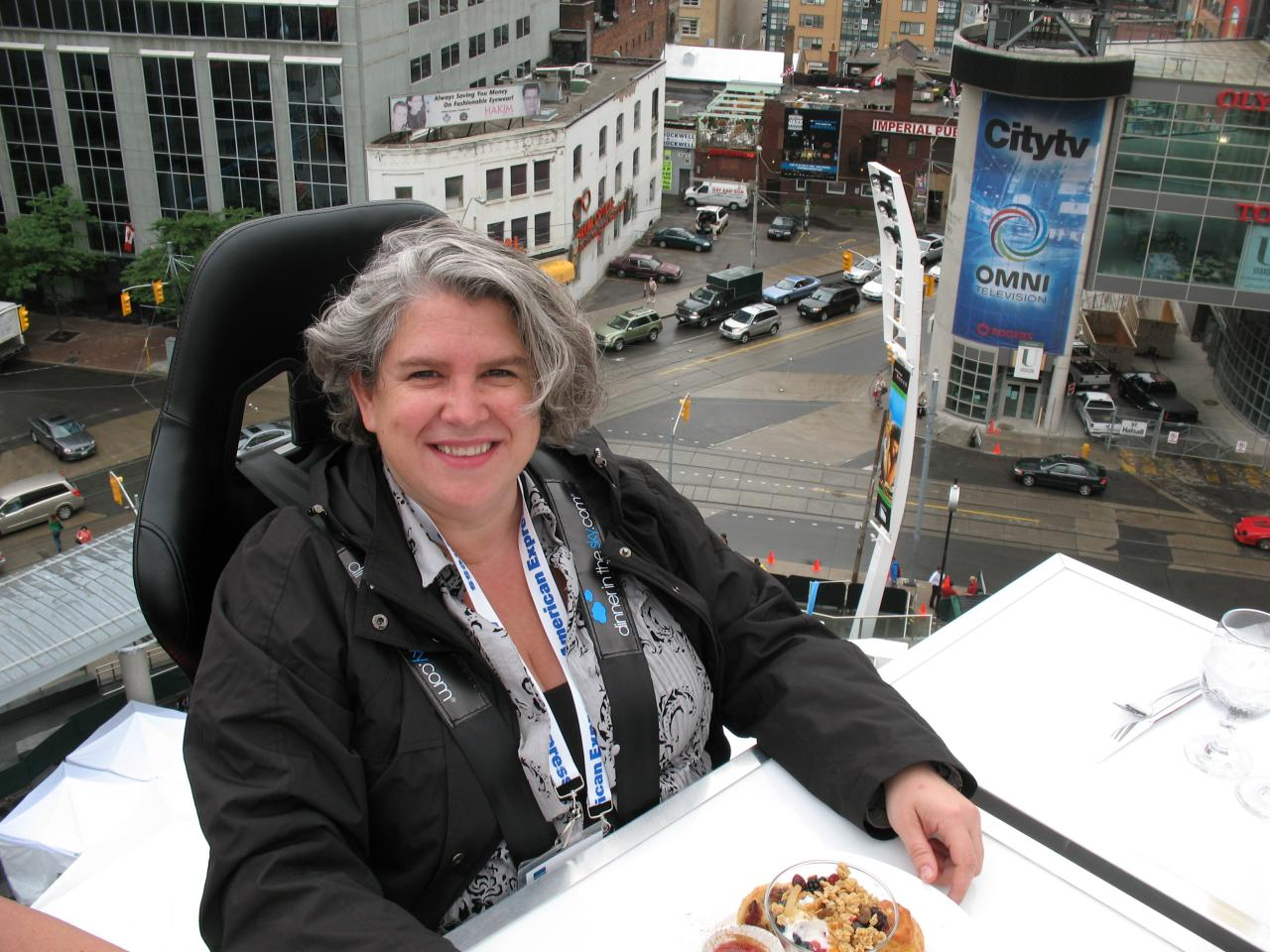 Dinner in the Sky – Summerlicious 2008 Launch